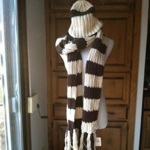 Abercrombie Fitch scarf hat new NWT